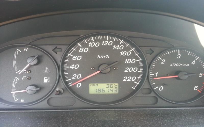 Autoturism Mazda 323F