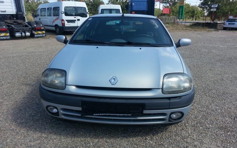 Autoturism Renault Clio