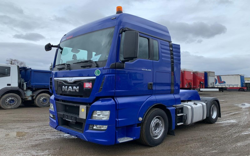 Cap tractor MAN  TGX 18.480 XLX RETARDER